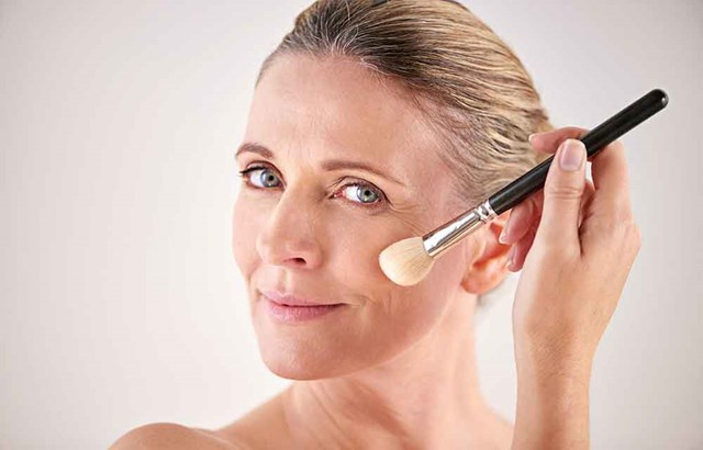 10 makeup tips for women over 50