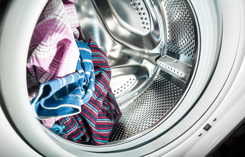 Is It Okay To Store Dirty Clothes In Your Washing Machine