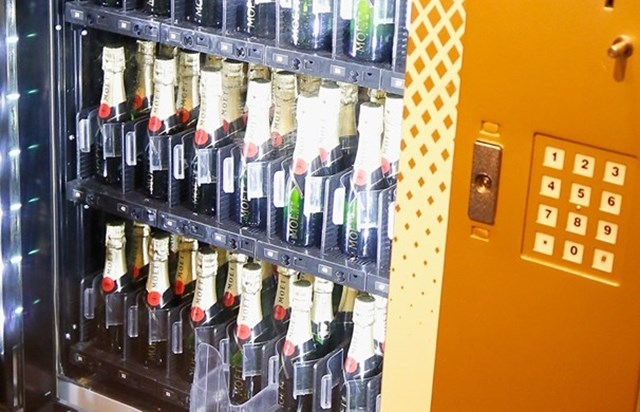 The First Moet Champagne Vending Machine Is Officially In Australia