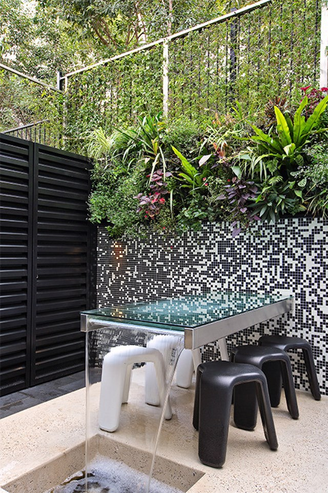 20 big ideas for small gardens Better Homes and Gardens : rooftopgarden1319tmaic 19tmanl from www.bhg.com.au size 640 x 961 jpeg 262kB