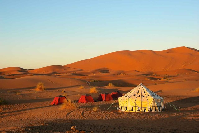 10 fascinating deserts around the world