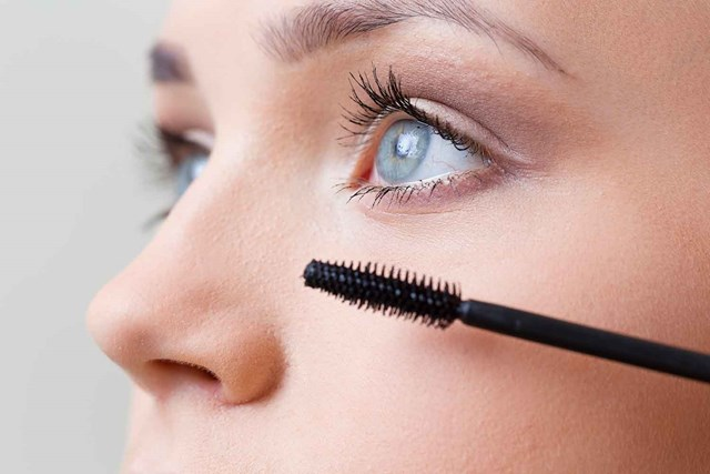 Everything you need to know to master false lashes