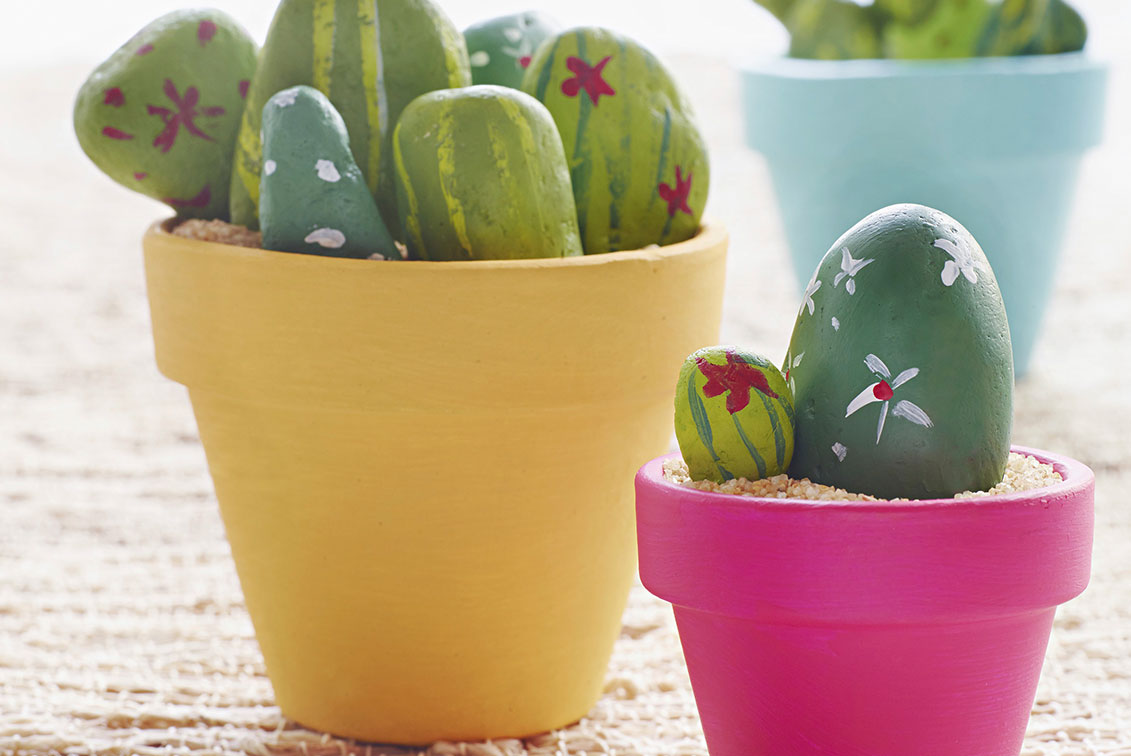 Five Diy Projects To Spruce Up Your Terracotta Pots Better Homes And Gardens