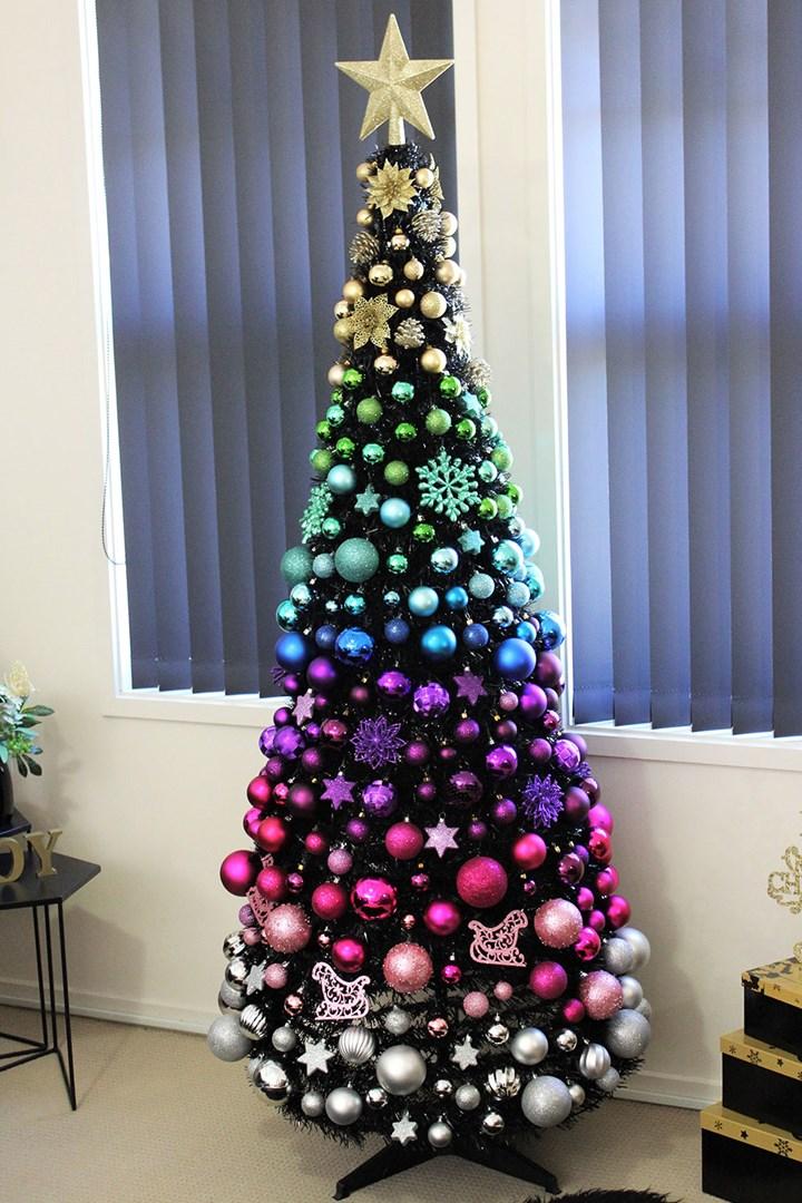 South Australian Mum S Christmas Tree Breaks The Internet Better Homes And Gardens