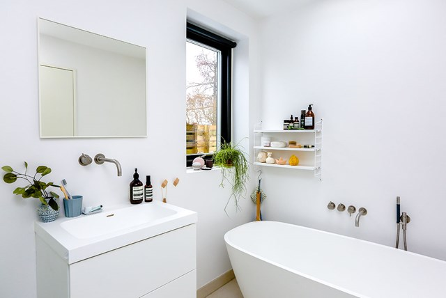 Outstanding Seven Simple And Useful Guest Bathroom Tips Tricks And Download Free Architecture Designs Lukepmadebymaigaardcom