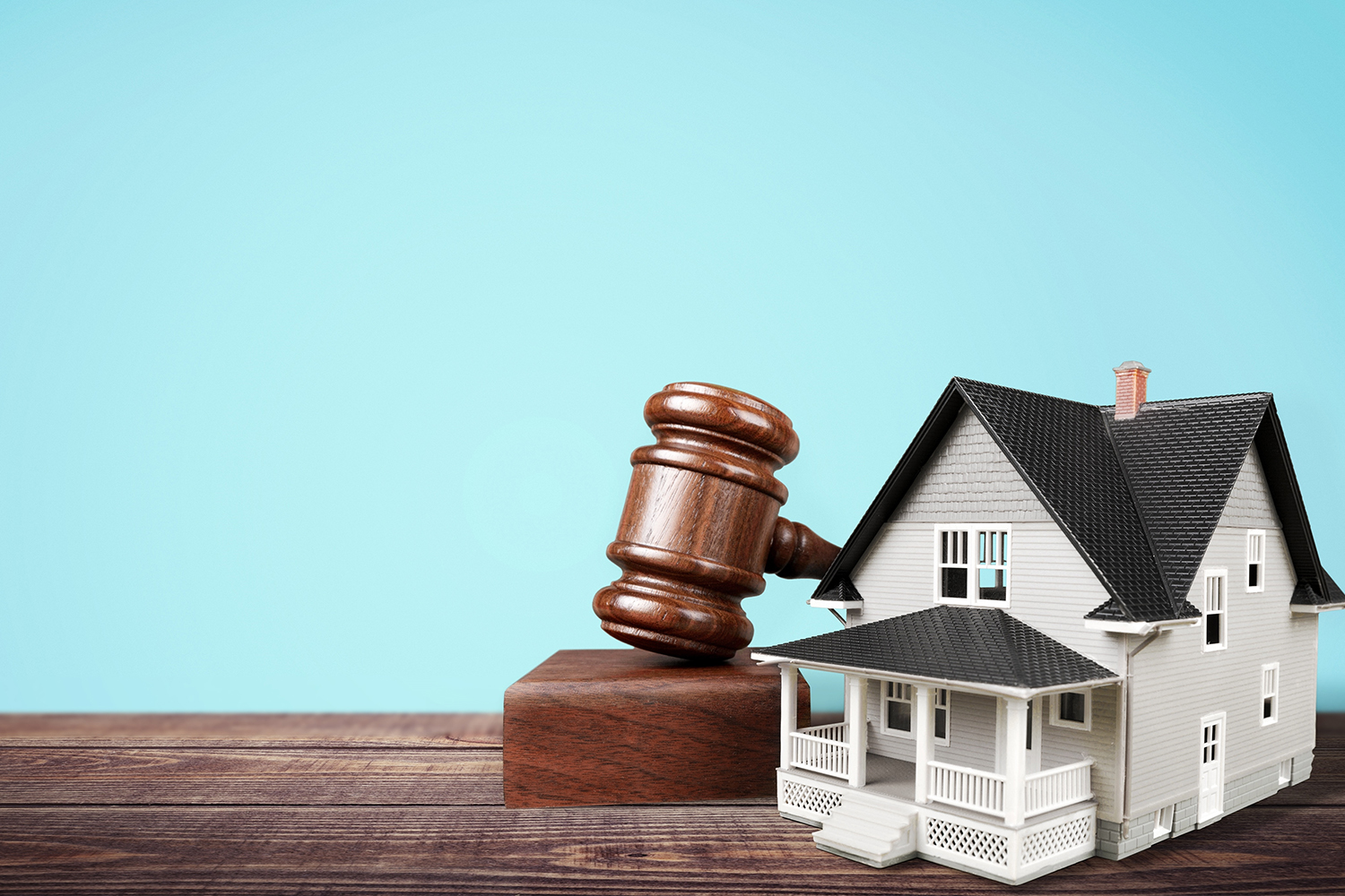 What You Need To Know Before Bidding At Auction Better
