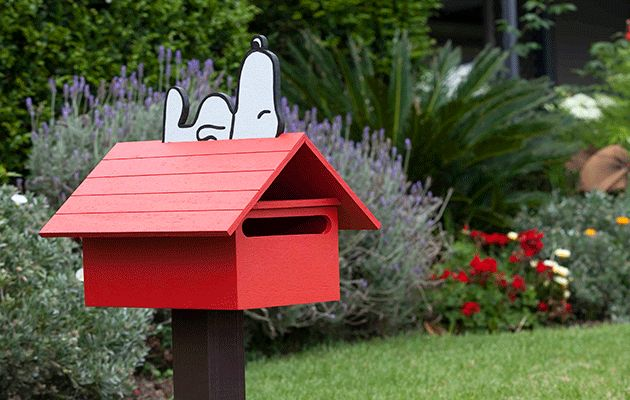 Build Your Own Snoopy Letterbox Better Homes And Gardens