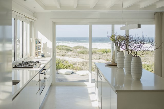 Do It Yourself Home Decorating Ideas: Expert Advice On How To Do Hamptons Style Interiors
