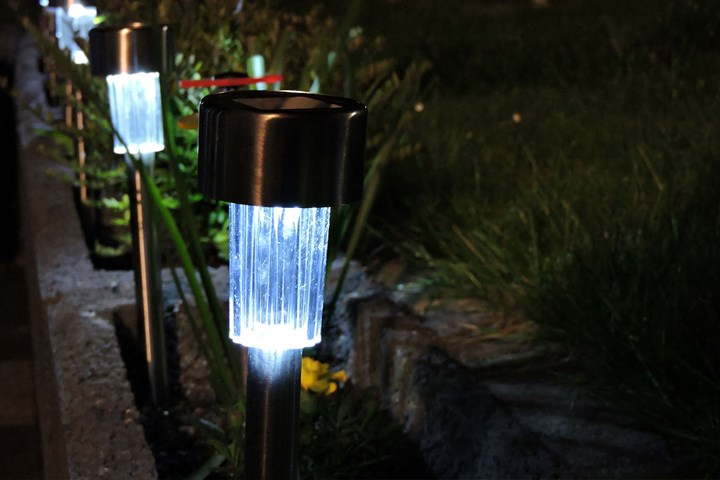 Everything You Need To Know About Solar Garden Lights Better Homes And Gardens