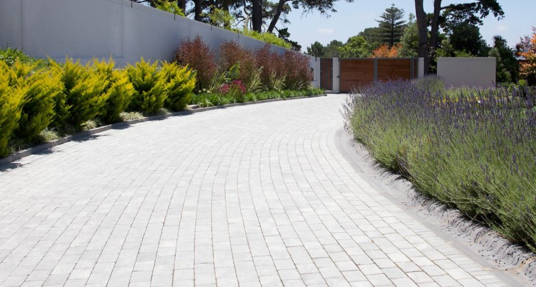 Driveway Ideas & Designs | Better Homes and Gardens