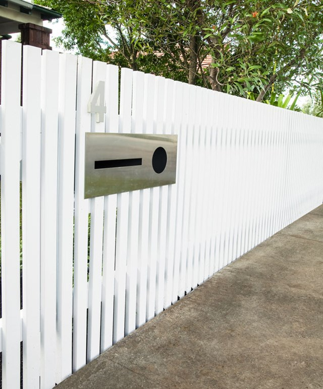 How to build a picket fence and letterbox