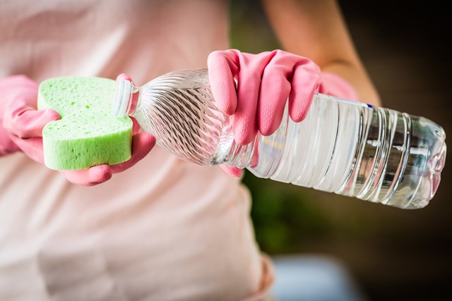 Cleaning Vinegar: Using Vinegar To Clean Your Home | Better