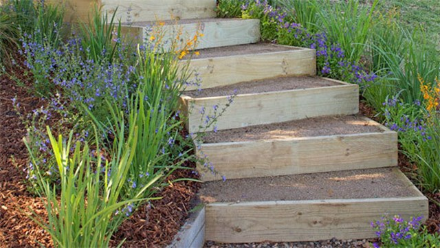 Backyard Diy How To Build Outdoor Stairs Better Homes