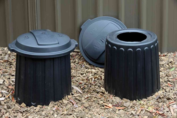 How To Make A Compost Bin 3 Diy Compost Bins Better Homes
