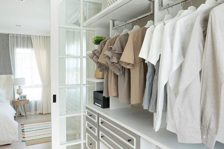 Walk in Wardrobe: 10 Best Walk in Robe Ideas & Designs