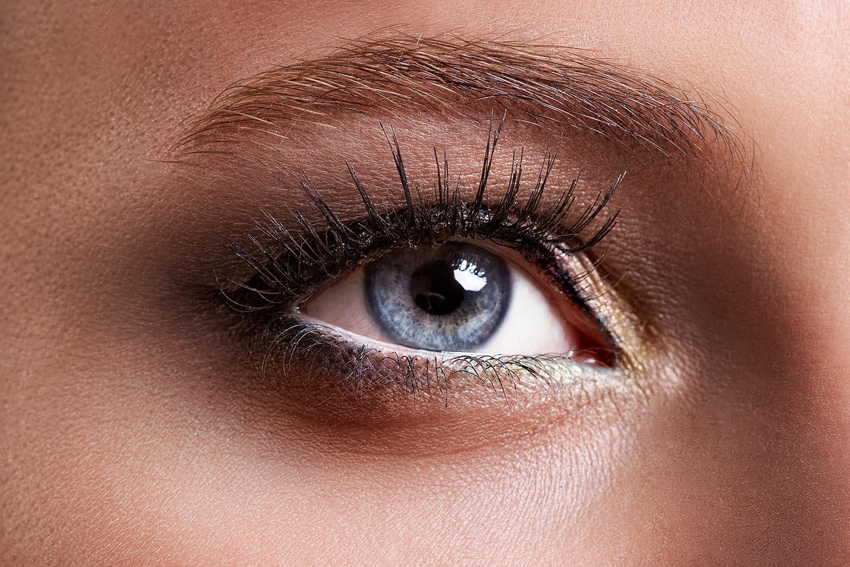 Eye Makeup Tricks For Hooded Eyes Better Homes And Gardens