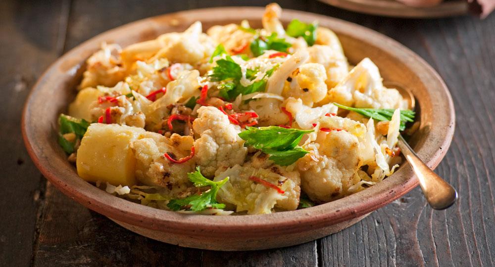 Winter cauliflower and walnut salad recipe better homes and gardens for Better homes and gardens potato salad
