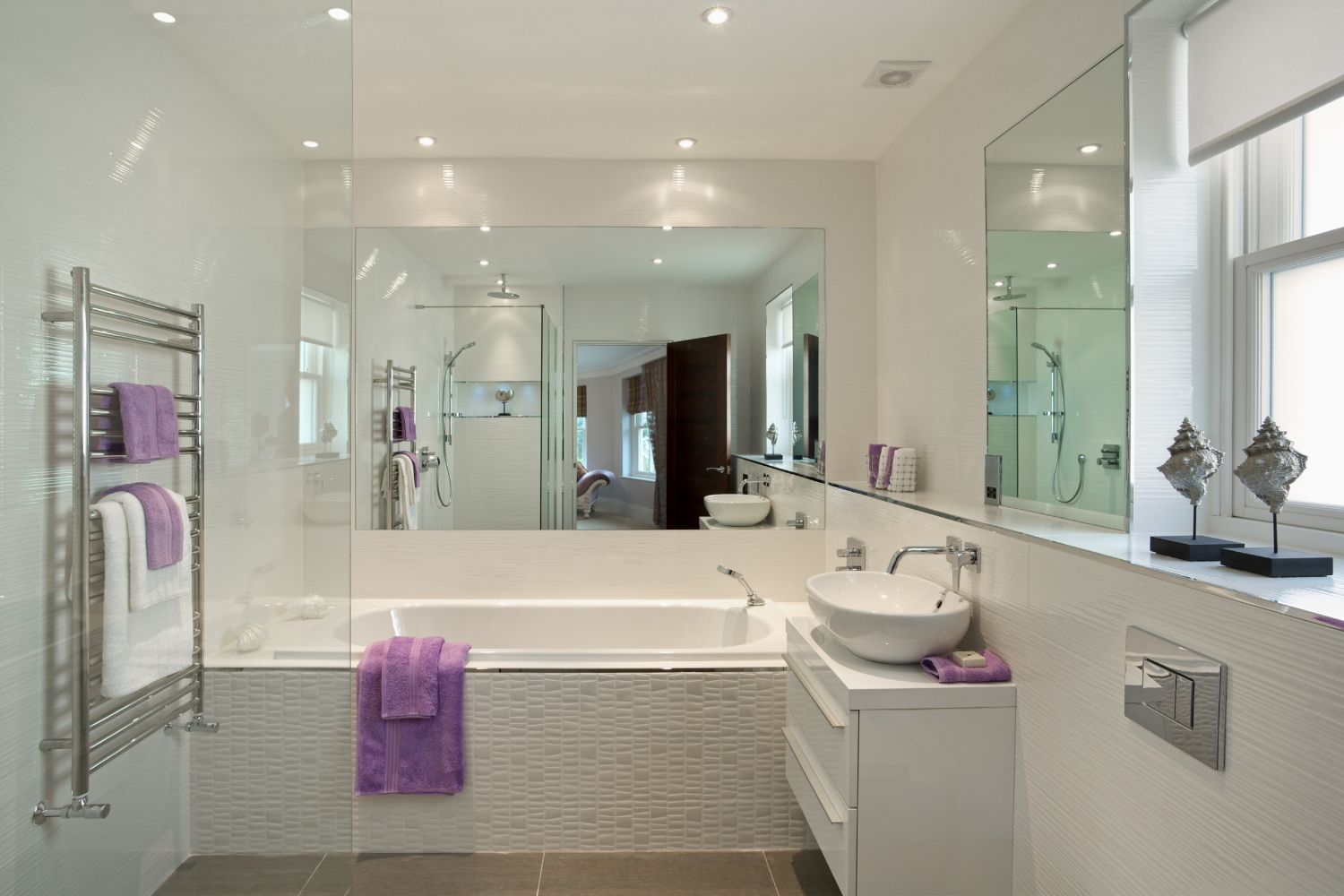 10 best small bath ideas  better homes and gardens
