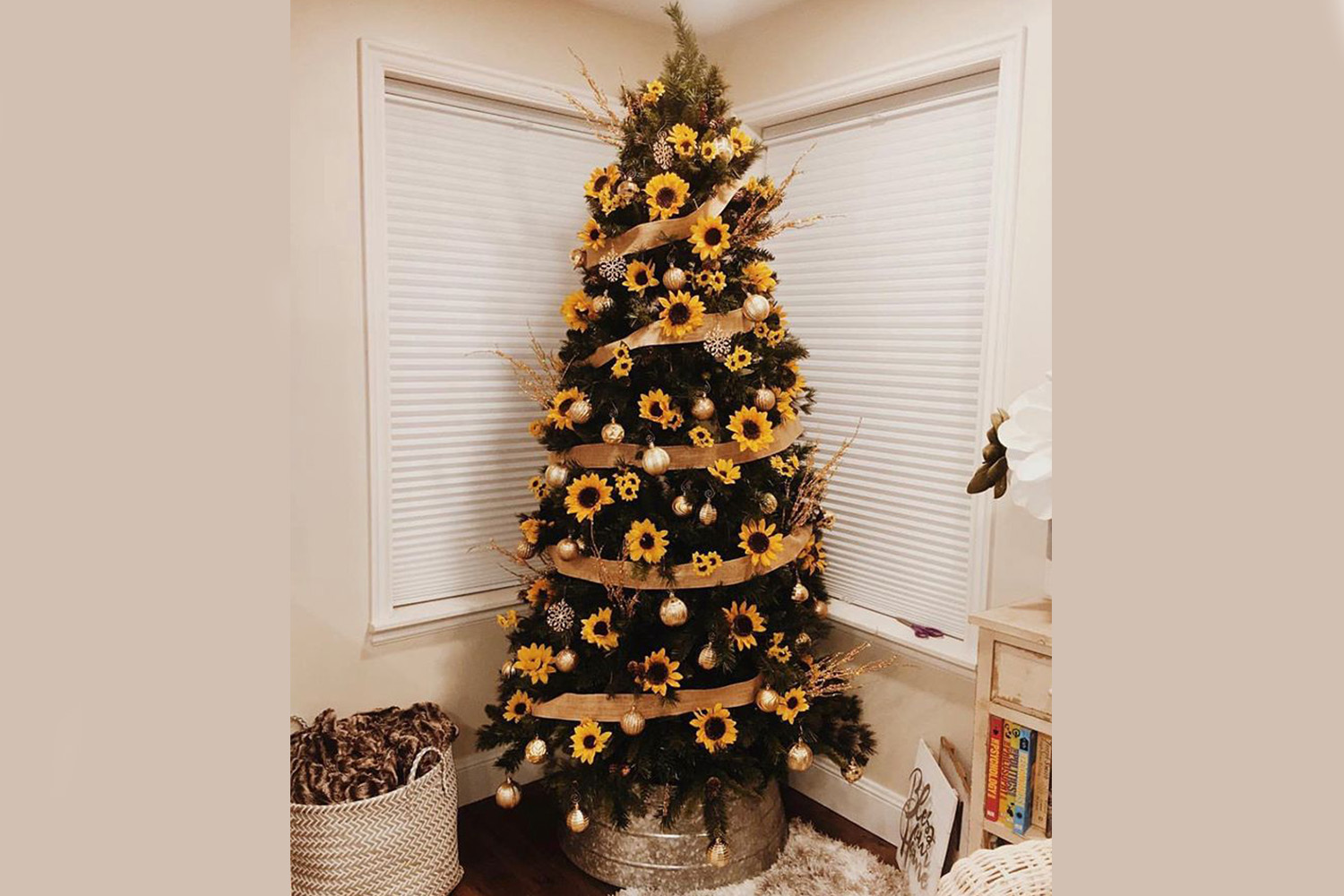 The Sunflower Christmas Tree Trend Of 2019 You Have To See Better Homes And Gardens