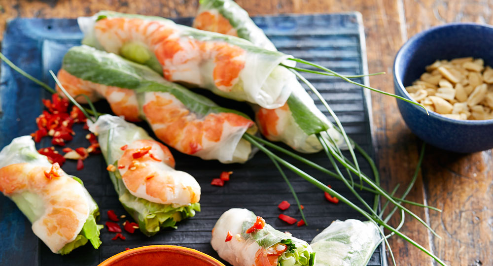 how to cook prawns for rice paper rolls