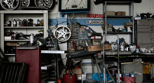 5 steps to organising your garage