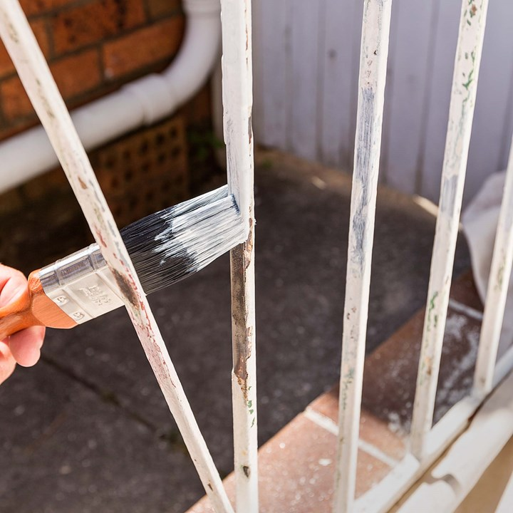 How to paint iron and steel | Better Homes and Gardens