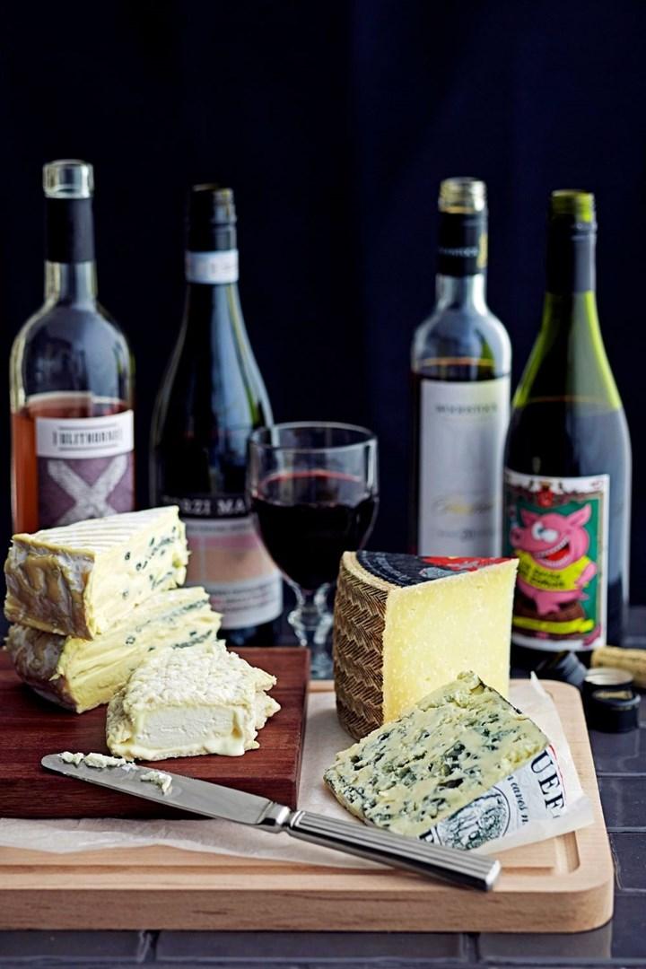 wine-cheese basket