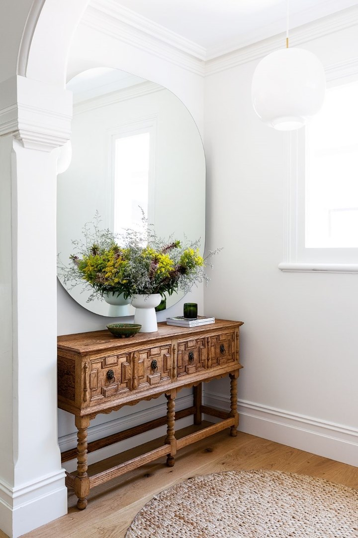 Where To Hang Mirrors According, Should A Mirror Face The Front Door
