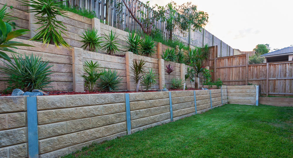 All about retaining walls | Better Homes and Gardens