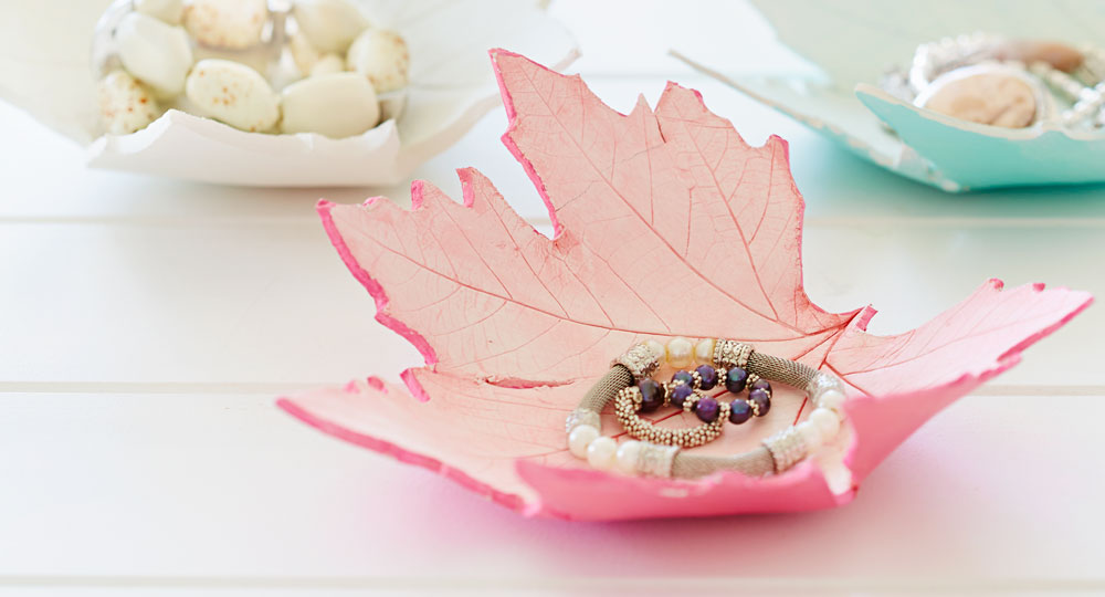 How To Make A Botanic Leaf Bowl Better Homes And Gardens