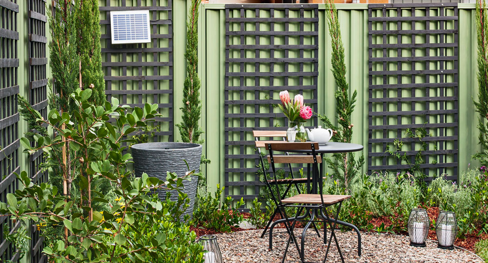how to dress a fence better homes and gardens