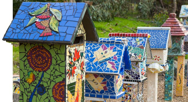 How to make a mosaic letterbox