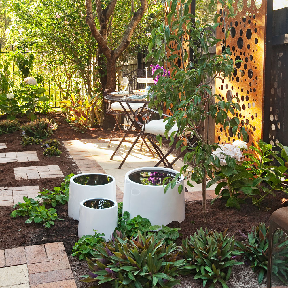Revamp The Courtyard Better Homes And Gardens