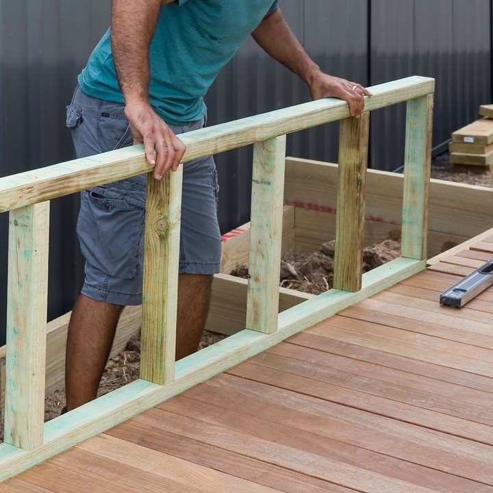 How To Make A Divine Deck And Planter Box Seat Better Homes And Gardens